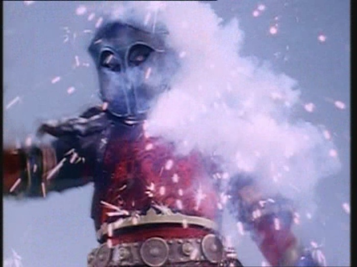 Power Rangers Monster - S01E02 (2) - Blechmonster