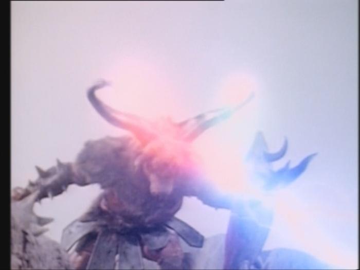 Power Rangers Monster - S01E03 - Minotaurus