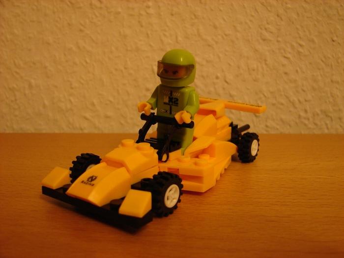 What the Mini-Fig - #9 - TEDi - Rennfahrer