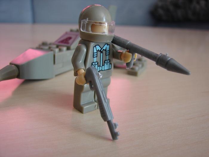 What the Mini-Fig - #13 - Best-Lock - Militär