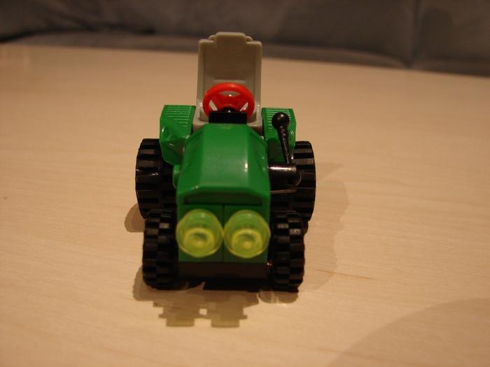 What the Mini-Fig - #15 - BanBao - Farm