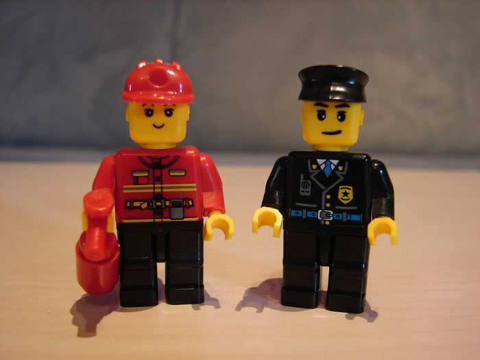 What the Mini-Fig - #22 - TEDi - Polizei