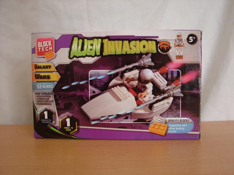 What the Mini-Fig - #23 - Block Tech - Alien Invasion